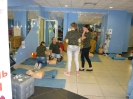 Презентация и отработка навыков ОБЖ на манекенах ПРАКТИ-МЭН в рамках Вторых Московских Юношеских Медицинских Игр, 26 апреля 2014 года, работают волонтёры